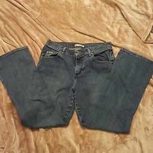 Women's Lee size 8 Short jeans